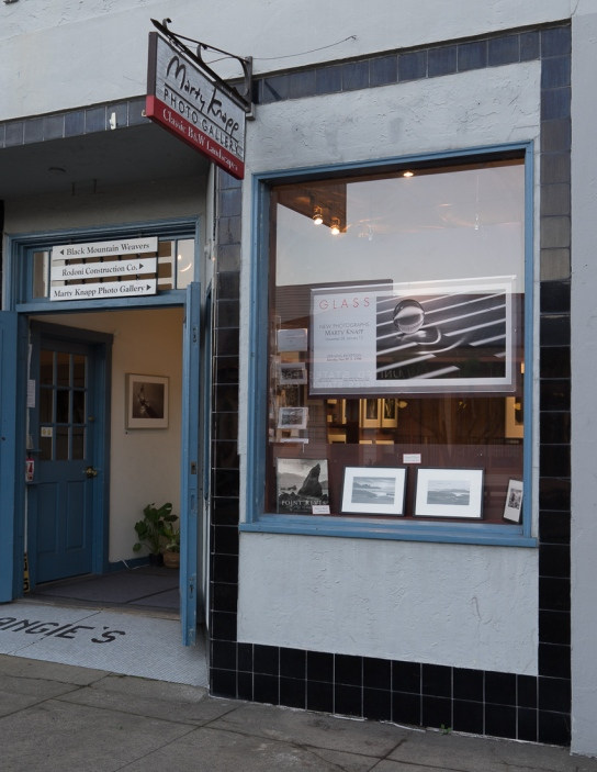 Front window and entrance to Marty Knapp Photo Gallery.